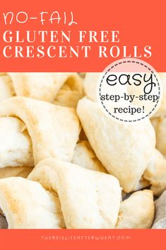 The BEST No-Fail Gluten Free Crescent Rolls - easy to make and ready in 1 hour!The BEST No-Fail Gluten Free Crescent Rolls - easy to make and ready in 1 hour! This gluten free roll recipe also comes with a dairy free option, and can be used in a Patisserie Sans Gluten, Dessert Sans Gluten, Bon Dessert, Gluten Free Desserts, Croissant Sans Gluten, Vegan Croissant, Gluten Free Crescent Rolls, Gluten Free Rolls, Gluten Free Cinnamon Rolls