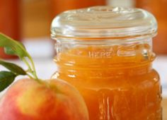 peachy peach jam I may have to try this. Have never used a flavoring in jam. Peach Freezer Jam, Peach Jam, Peach Jelly, Peach Preserves, Caramel, Jam And Jelly, Breakfast For Kids, Breakfast Ideas, Breakfast Recipes