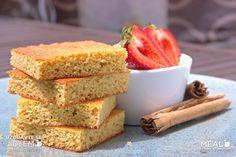 Jahody, jahody... :-) Vytvořila jsem pro vás nový recept na piškot z kokosové mouky, myslím, že vám bude moc chutnat. Hodit se bude i nováčkům na SCD. Cornbread, Sugar Free, Ethnic Recipes, Food, Millet Bread, Essen, Meals, Yemek, Corn Bread