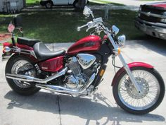 2007 Honda SHADOW VLX DELUXE Cruiser , Candy Dark Red, 1,765 miles for sale in Saint Cloud, FL