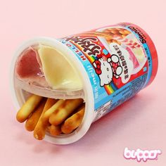 Hello Kitty Yan Yan Biscuit Stick (strawberry