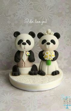Panda wedding cake topper, too cute! Cake Icing, Cupcake Cakes, Beach Cake Topper, Panda Cakes, Bear Wedding, Beach Cakes, Fondant Animals, Wedding Cupcakes, Cake Batter
