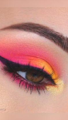 Rainbow Eye Makeup, Orange Eye Makeup, Yellow Makeup, Bright Eye Makeup, Colorful Eye Makeup, Red Makeup, Cute Makeup Looks, Creative Makeup Looks, Looks Cool