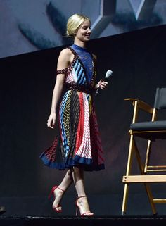 Annabelle Wallis wearing Mary Katrantzou at the CinemaCon 2017 event in Las Vegas