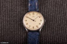 OMEGA militaire / 41x35mm cal.30T2.SC.PC à La Chaux-de-Fonds acheter sur ricardo.ch Articles, Watches, Leather, Accessories, Whitewash, Luxury Watches, Military Personnel, Wristwatches, Clocks