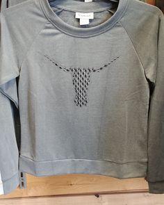 Posts, Facebook, Sweatshirts, Sweaters, Fashion, Western Wear, Moda, Messages, Fashion Styles