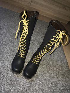 Støvler med snørebånd til salg i Kolding