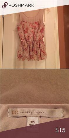 Adorable Lauren Conrad top, XS EUC floral blouse! Great condition! LC Lauren Conrad Tops Blouses