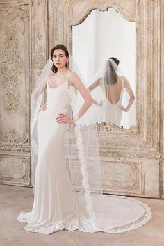 Lace edge wedding veil single tier