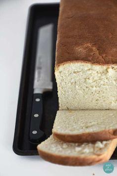 Sandwich Bread Recipe - Homemade sandwich bread in an easy, no-fuss recipe! This sandwich bread recipe makes a delicious bread you'll make time and again.