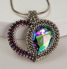 Heart Drop Pendant by Martina Nagele Swarovski, Beading Tutorials, Beading Patterns, Beaded Jewelry Designs, Handmade Jewelry, Seed Bead Necklace, Bracelet Tutorial, Beads And Wire, Bead Weaving