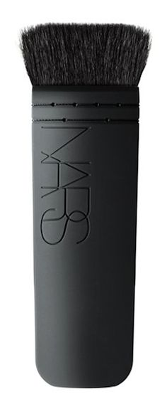 NARS Kabuki Artisan brush - for better makeup application  http://rstyle.me/n/p44ewpdpe
