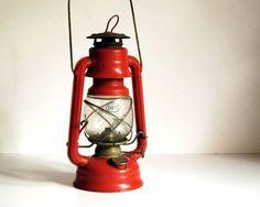Campfire Girl: vintage camp lantern. #summerwedding