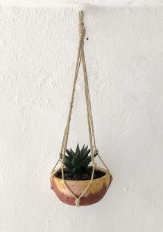 Hand made coloured cement vase with macrame holder Plant Hanger, Cement, Macrame, Vase, Plants, Handmade, Decor, Bonito, Hand Made