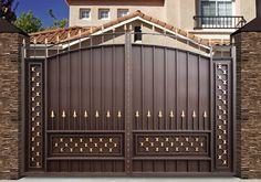 Функциональные и надежные кованые ворота с внутренней защитой полностью преобразят облик дома и вход в Ваши владения. Выбирая стиль и уровень защищенности, Вы можете заказать у нас кованые ворота и калитки не выходя за рамки желаемого бюджета. Качественная установка, низкие цены и гарантии долгой эксплуатации делают такие ворота настоящей находкой в море предложений на рынке кованых изделий. Обращайтесь к профессионалам! Позвоните нам, дорогие друзья!  #luxuryhomes #luxuryhotel #luxury…