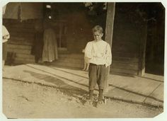 "Accident to young cotton mill worker. Giles Edmund Newsom (Photo October 23rd, 1912), while working in Sanders Spinning Mill, Bessemer City, N.C., August 21st, 1912The aunt said ""Now he's jes got to where he could be of some help to his ma an' then this happens and he can't never work no more like he oughter."""