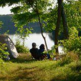 Camping Vue du Lac - Rust, Ruimte & Natuur Camping Spots, Van Camping, Camping France, Golf Courses, Vacations, Holidays, Vacation, Traveling