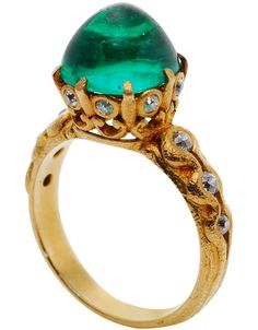 An American Art Nouveau Colombian emerald gold ring attributed to Marcus & Co., circa 1900s | JV