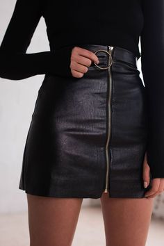 Cheap leather skirts for sale, Buy Quality skirt and top dress directly from China leather sheath Suppliers: 2017 New Leather Skirts Women's Short Mini Black Skirts Solid American Apparel Faldas Saia De Couro Femme Sexy Skirts Sale Look Fashion, Street Fashion, Fashion Outfits, Womens Fashion, Cheap Fashion, Skirt Fashion, Luxury Fashion, Ad Fashion, Catwalk Fashion