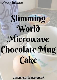 New Slimming World Microwave Chocolate Mug Cake. This recipe is for a low syn slimming world or diet chocolate mug cake. Takes less than 2 minutes to make and makes a satisfying quick dessert for anyone trying to lose weight (health snacks slimming world) Slimming World Deserts, Slimming World Puddings, Slimming World Recipes Syn Free, Slimming World Syns, Slimming Eats, Slimming World Chocolate Cake, Slimming World Brownies, Slimming World Meal Prep, Slimming World Syn Values