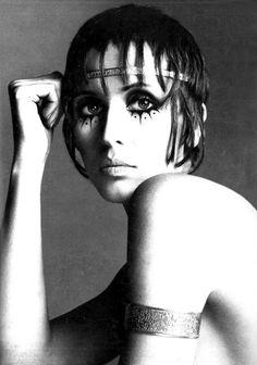Julie Driscoll by Richard Avedon, 1969.