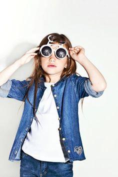 Campaña Grisino Primavera - Verano 2014 Wildfox, Round Sunglasses, Fashion, Spring Summer, Clothes, Moda, Fashion Styles, Fashion Illustrations, Fashion Models
