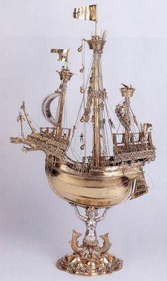 Schlьsselfelder Ship  1503  Partially gilded silver, height 79 cm  Germanisches Nationalmuseum, Nuremberg