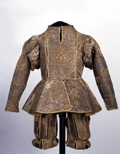Germany, Suit worn by Moritz von Sachsen at his wedding to Anna of Denmark, Made of Italian fabric by a Saxon tailor. 16th Century Clothing, 16th Century Fashion, 17th Century, Medieval Clothing, Antique Clothing, Medieval Art, Historical Costume, Historical Clothing, Vintage Outfits