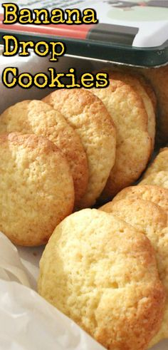 Banana Drop Cookies. Theses are a light fluffy cookie and great for using up those overripe bananas! Easy recipe too! Amazing Cookie Recipes, Drop Cookie Recipes, Easy Desserts, Delicious Desserts, Dessert Recipes, Drop Cookies, Lemon Cookies, Yummy Cookies, Banana Recipes