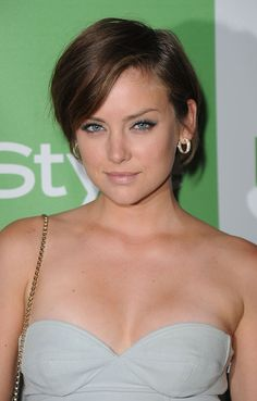 Jessica Stroup freakin live her hair