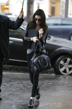 Kendall Jenner black outfit