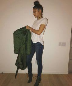 Zendaya Coleman News Outfits For Teens, Fall Outfits, Casual Outfits, Cute Outfits, Cheap Outfits, Zendaya Outfits, Zendaya Style, Zendaya Fashion, Zendaya Coleman