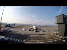 (HD) Bergamo, Airport Orio al Serio, Ryanair, Boeing 737-800, Time Lapse - YouTube