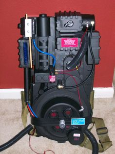 Evan Burr on | Ghostbusters and Proton pack