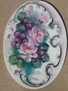 Roses and Violets China Painting, Tole Painting, Fabric Painting, Roses And Violets, Rice Paper Decoupage, Fork Art, Decoupage Printables, Hand Painted Fabric, Plate Art
