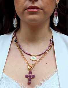 ¤ cross from gold plated bronze with enamel on top in black or purple. ¤ gold plated stainless steel chain with T closure ¤ length of chain Glitter Stars, Gold Stars, Silver Glitter, Strand Bracelet, Stainless Steel Chain, Star Shape, Luxury Jewelry, Bronze, Pendant Necklace