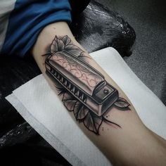 harmonica tattoo google search tattoos pinterest tattoo tatting and music tattoos. Black Bedroom Furniture Sets. Home Design Ideas