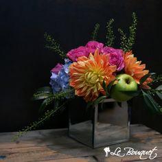 Purple Dahlia, Deep Purple, Bouquet, Mirror Mirror, Compliments, Reflection, Glass Vase, Centerpieces, Colours