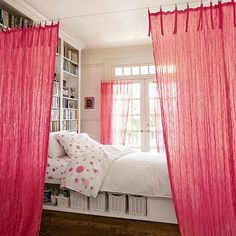 Dorm Decor Must-Haves for Your High School Grad