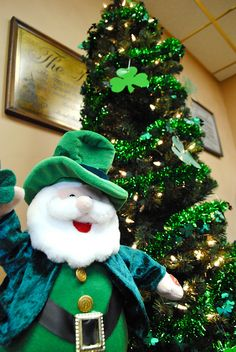 St. Patrick's Day Tree! since we still have our Christmas tree up maybe i should just switch the ornaments....