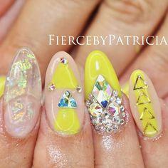 Instagram media fiercebypatricia - #FiercebyPatricia Summa time nails
