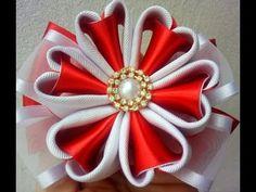 Joey a ml y Diy Ribbon Flowers, Ribbon Flower Tutorial, Cloth Flowers, Kanzashi Flowers, Ribbon Art, Ribbon Crafts, Fabric Flowers, Diy Crafts, Kanzashi Tutorial