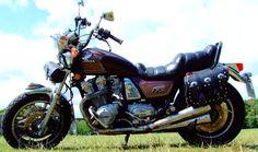 1983 honda custom – About Cafe Racers Honda Motorcycles, Cars And Motorcycles, Cafe Racer Moto, Cafe Racers, Cb 1000, Old Bikes, Moto Guzzi, Honda Cb, Sidecar