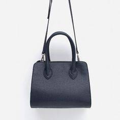 Image 3 of CITY BAG WITH HANDLE from Zara