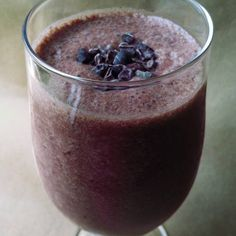 Dark chocolate and sweet cherries combine for a tasty Chocolate Cherry Smoothie recipe!