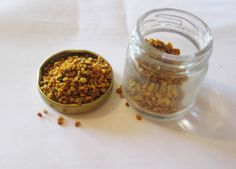 Consuming Bee Pollen Could Be The Key To Boosting Full-Body Health Bee Pollen, Body Tissues, Food Cravings, Junk Food, Superfoods, Healthy Tips, Health Benefits, Blog