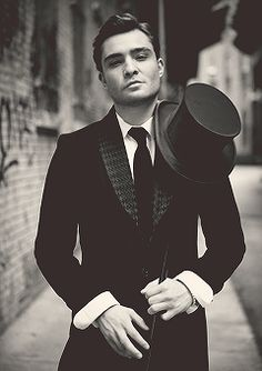 I don't even know where this should go on my boards, but holy crap, Ed Westwick is gorgeous. Thank God for the Brits.