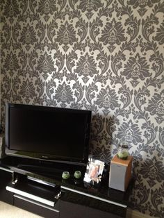 Majestic - A traditional, classic simple two colour damask design in textured vinly with a third outline colour.