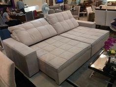 Sofá de 3 metros comprado na cor cinza.