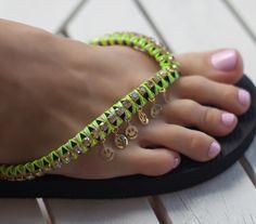 Декор шлепок / Обувь / Модный сайт о стильной переделке одежды и интерьера